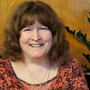 Anne Deiter headshot